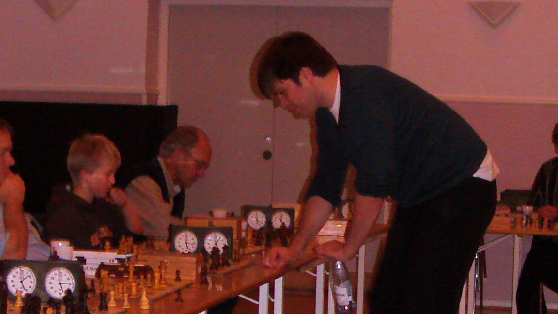 Peter Heine mod en af Silkeborgs juniortalenter